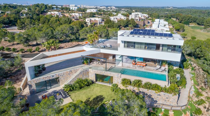 Signature Villa – Las Colinas Golf & Country Club