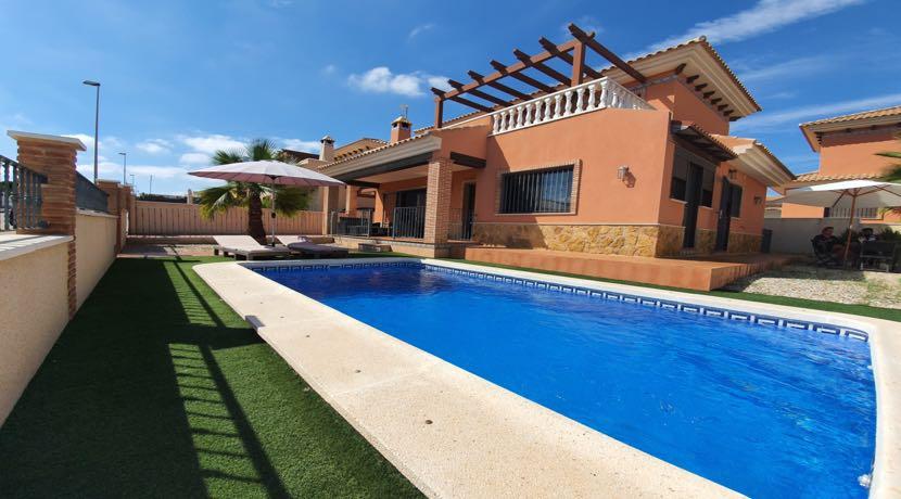 Detached Villa – Private Pool – Pinar de Campoverde
